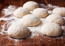 Bread Dough Vs Pizza Dough – Difference Between Pizza Dough And Bread Dough