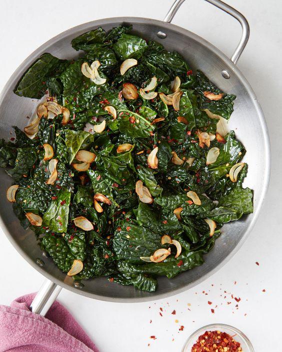 Easy skillet kale with lemon