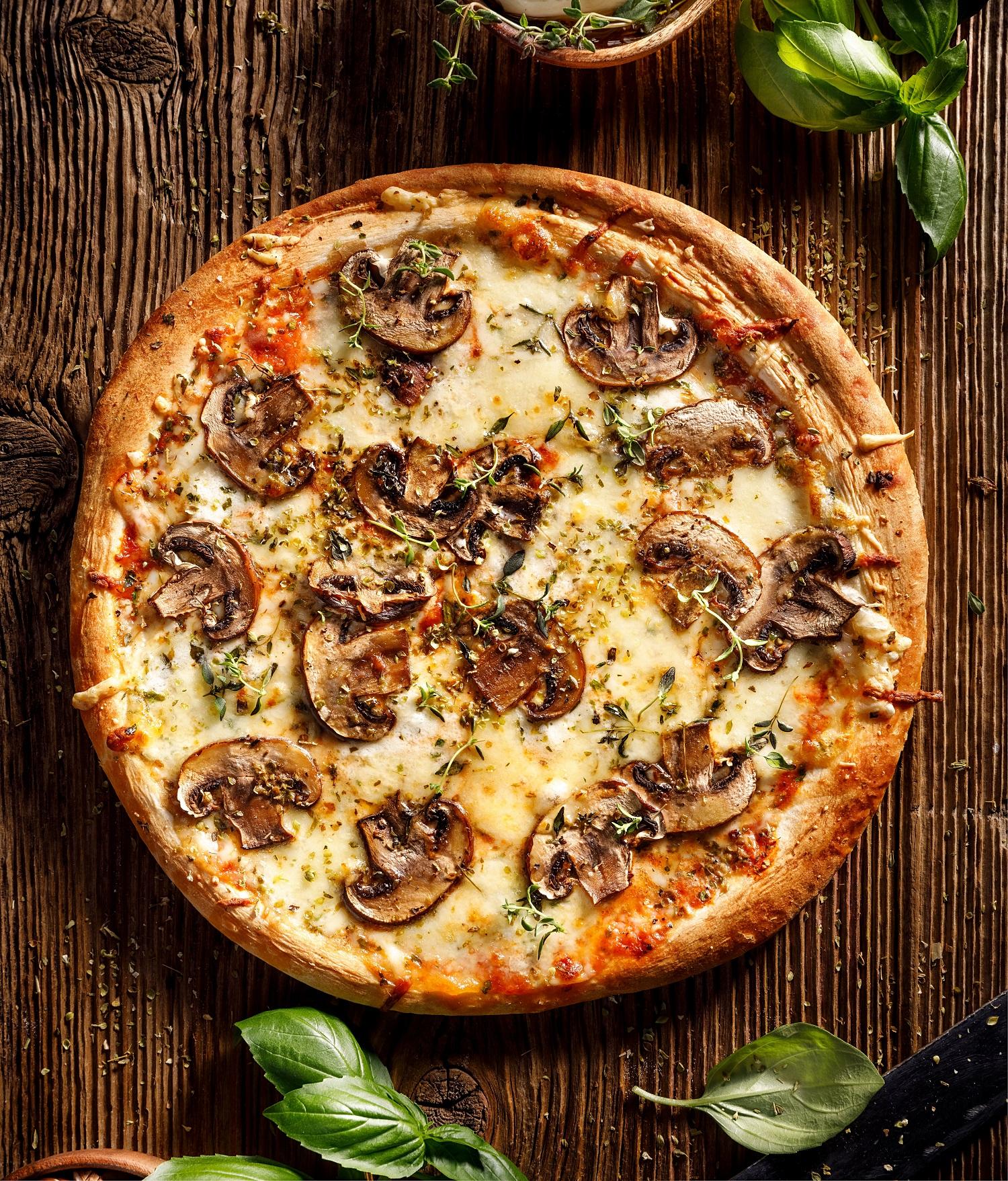 Mushroom magic pizza