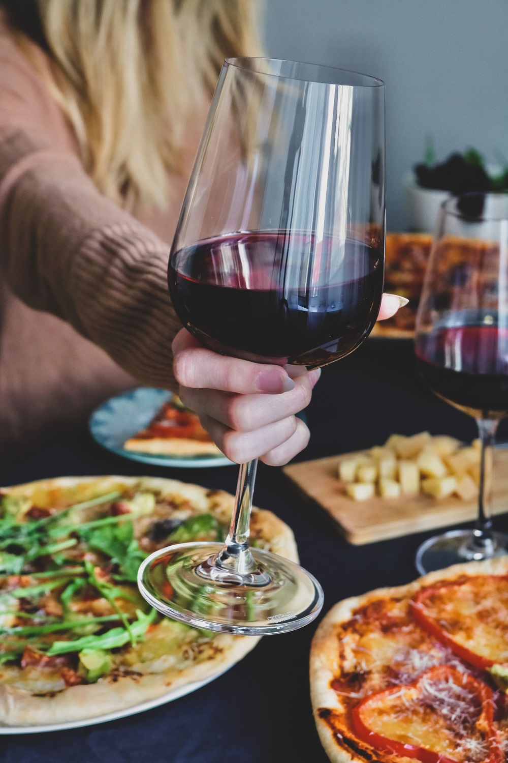 wine-goes-with-pizza