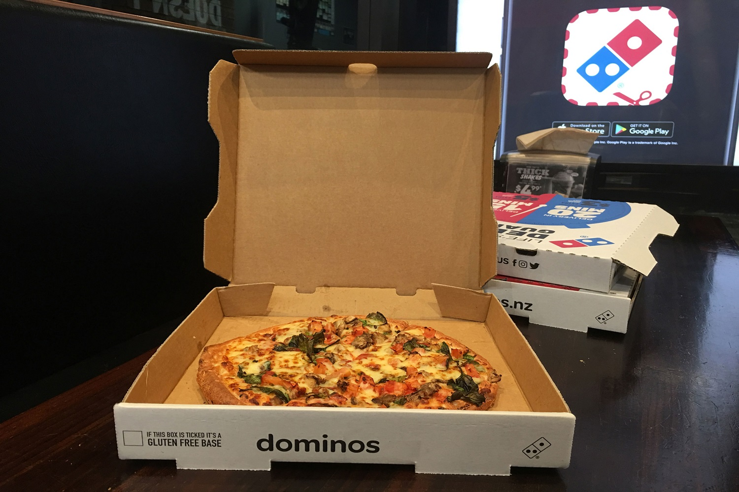 dominos-brooklyn-style-pizza-2