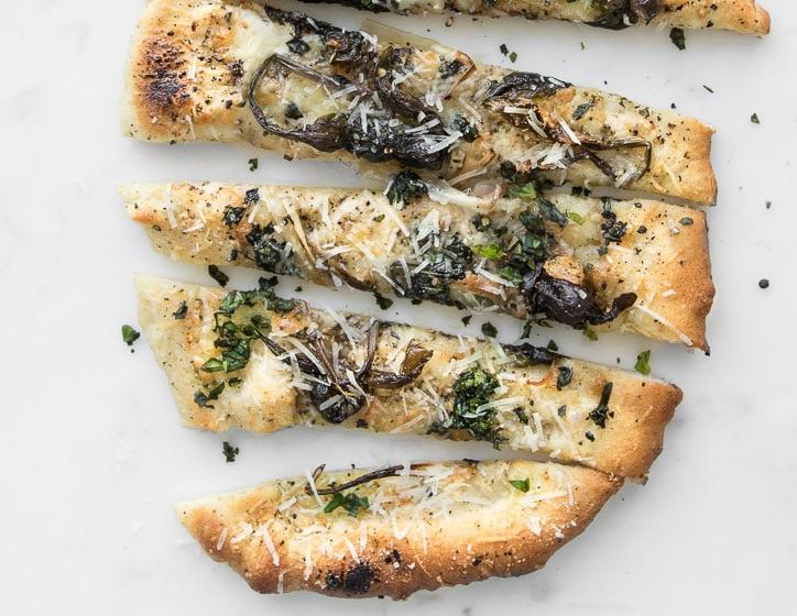 cacio-e-pepe-pizza
