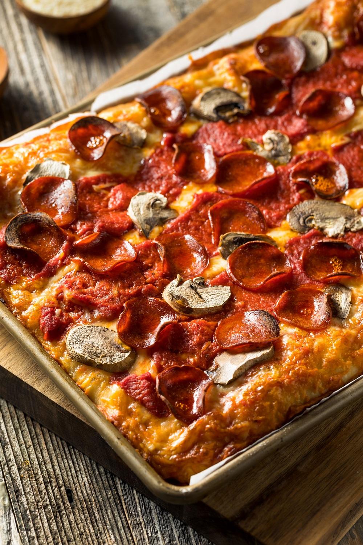 detroit-style-pizza-2
