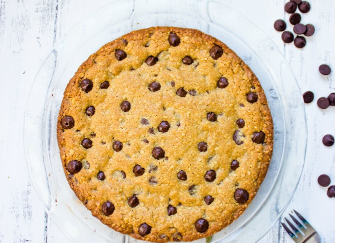 oatmeal-chocolate-chip-cookie-pie