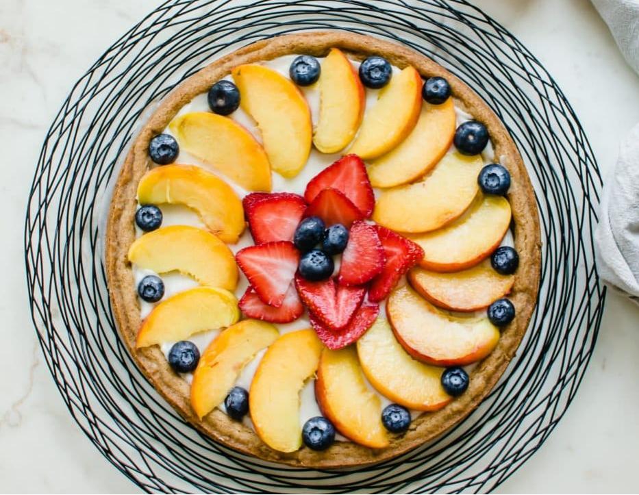 peach-and-cream-fruit-pizza