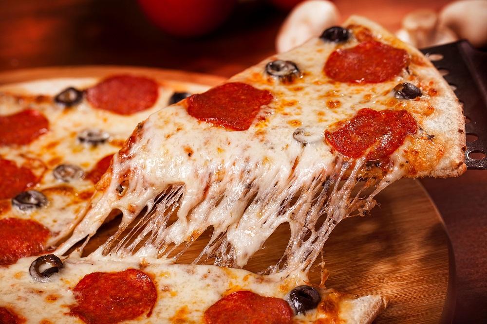 delicious Cheese pizza