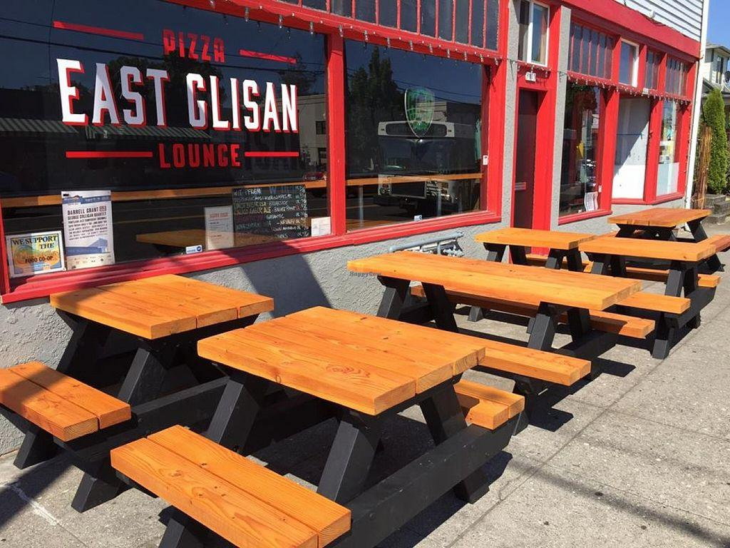 East Glisan Pizza Lounge