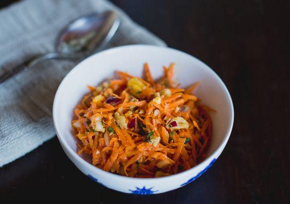 Flavoured carrot slaw