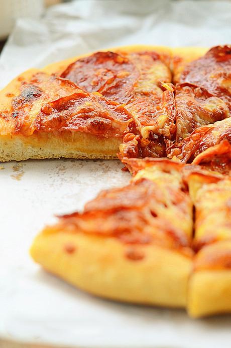 salami pizza2